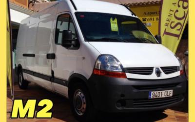 Iscar Rent a Car - GRUPO M2 (Trafic Furgon)